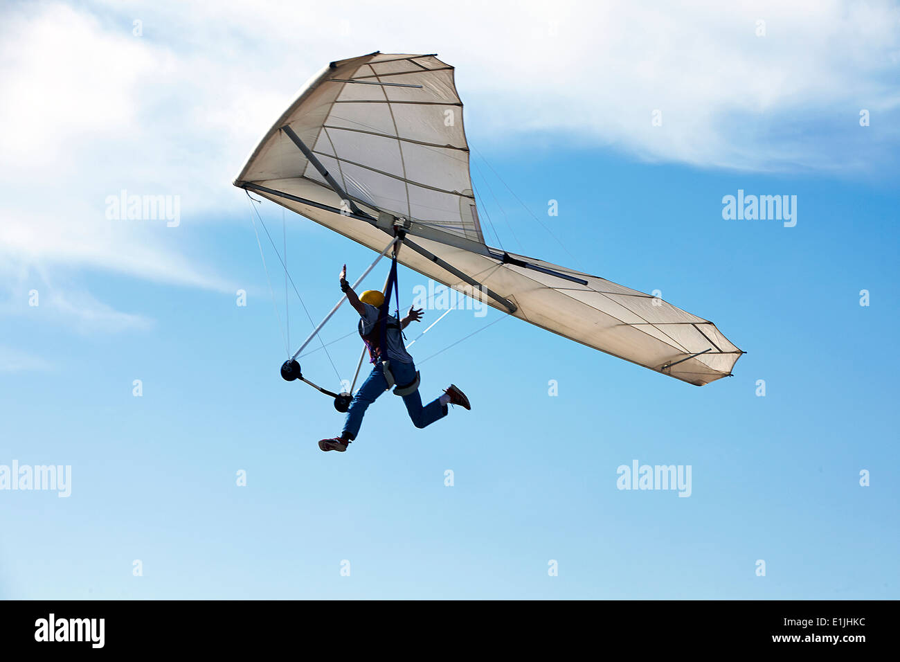 Homme deltaplane vol Photo Stock