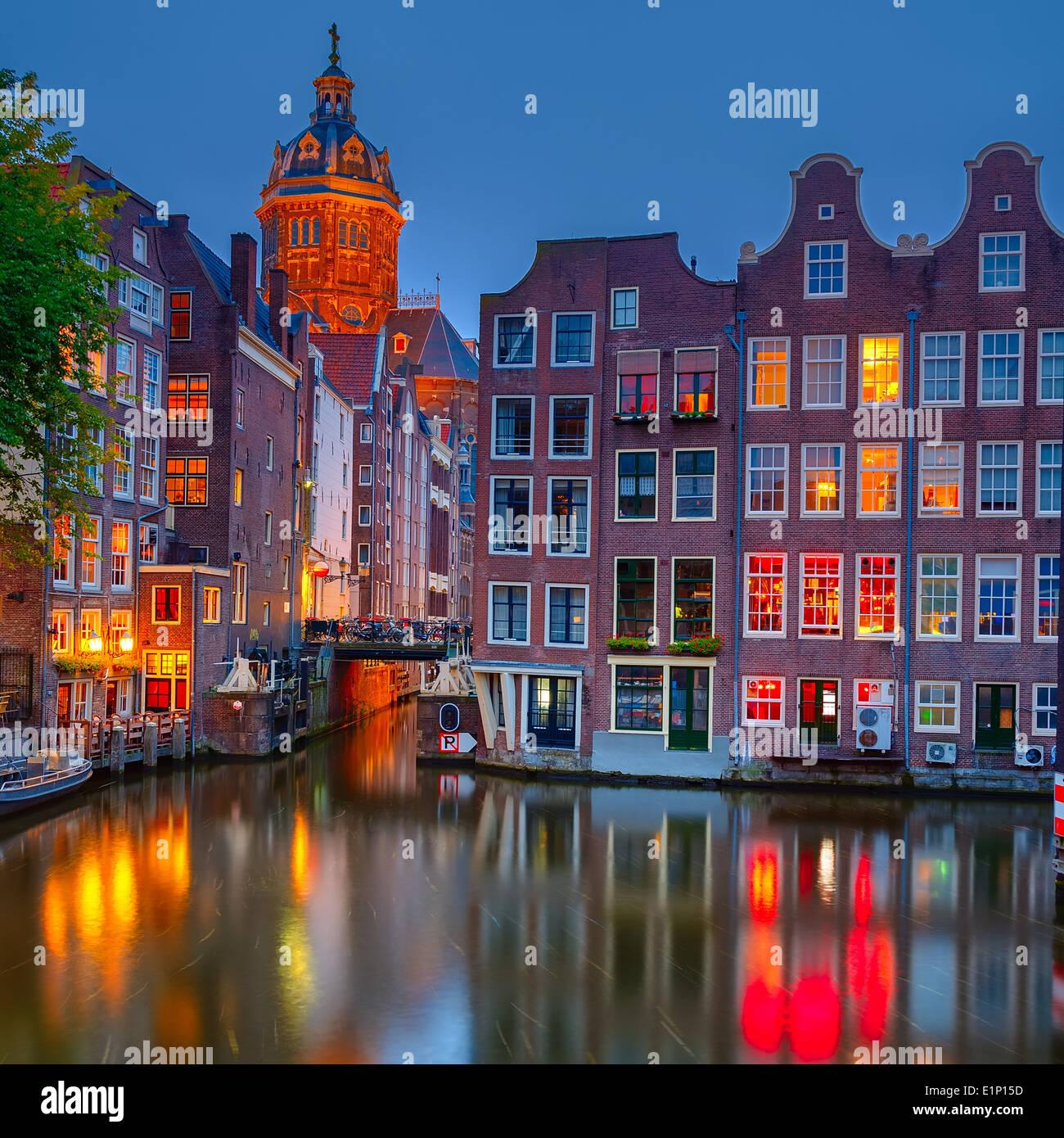 Amsterdam dans la nuit Photo Stock