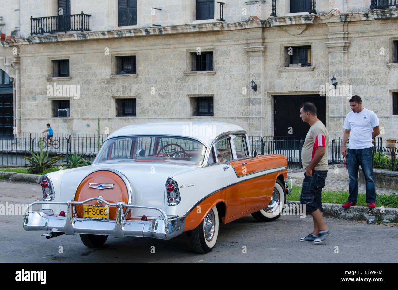 Classsic voitures américaines, La Havane, Cuba Photo Stock
