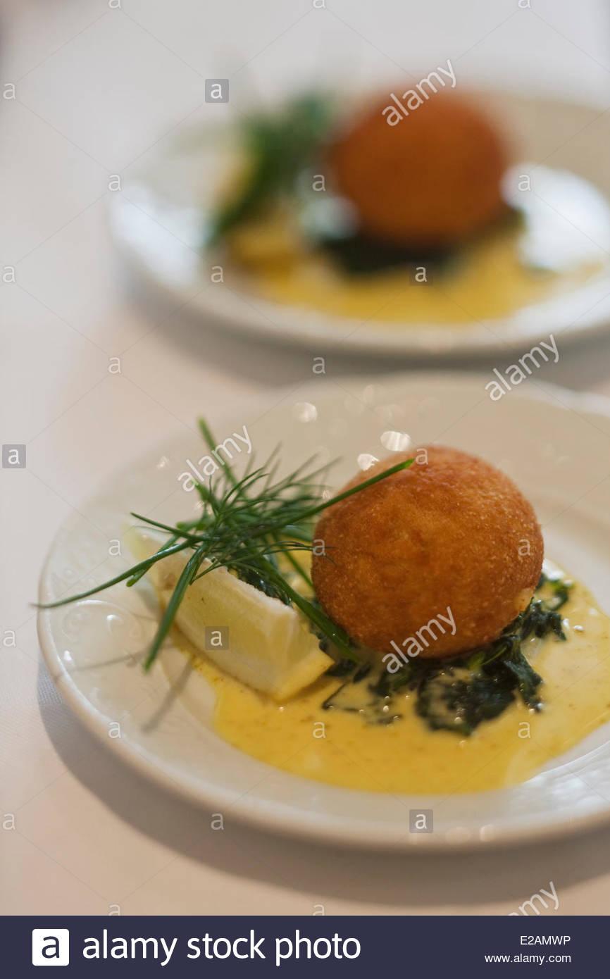 France, Nord, Dunkerque, croquettes de crevettes, Fiche Sebastian Charlemagne's Restaurant, le ragoût Photo Stock