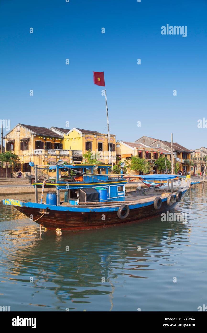 Bateau sur la rivière Thu Bon, Hoi An (Site du patrimoine mondial de l'UNESCO), Quang Jambon, Vietnam Photo Stock