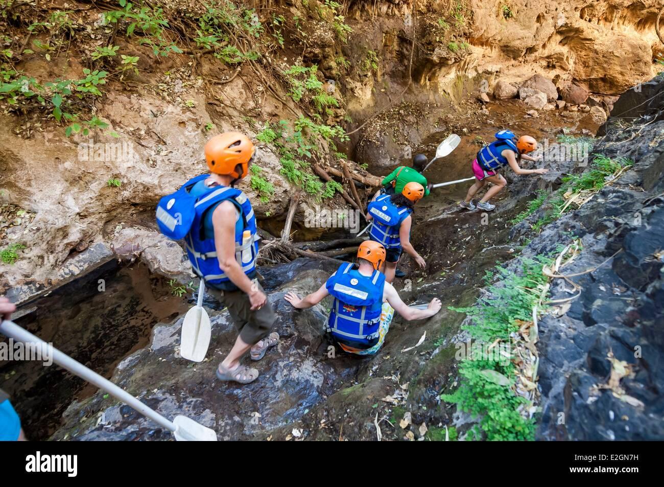 Zimbabwe Département de rafting dans les gorges du fleuve Zambèze Batoka donwstream de Victoria Falls Photo Stock