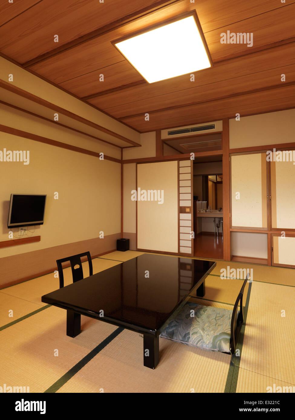 Chambre traditionnelle japonaise à l\'intérieur d\'un ryokan au Japon ...