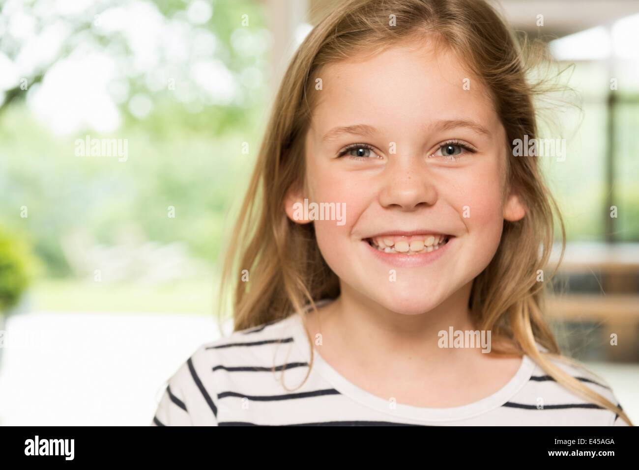 Fille avec grand sourire Photo Stock