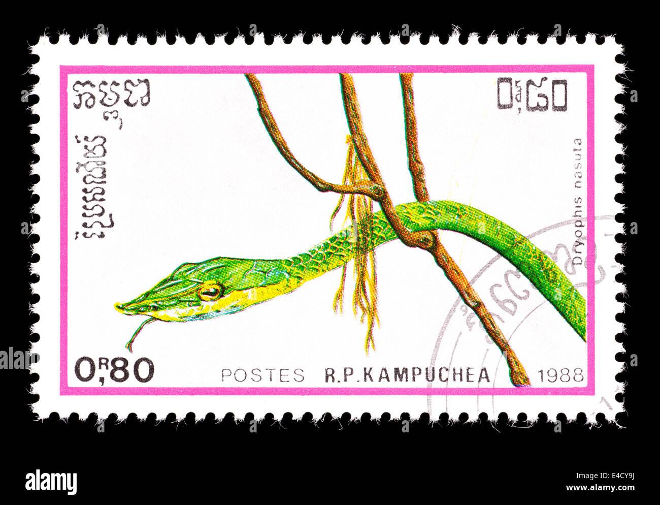 Timbre-poste du Cambodge (Kampuchea) représentant un serpent de vigne verte (Dryophis nasuta) Banque D'Images