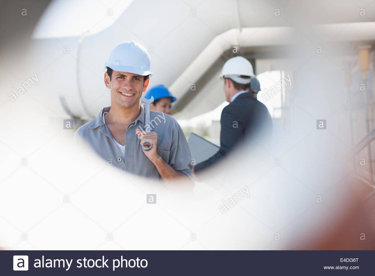 Ouvrier en dehors de la clé Photo Stock