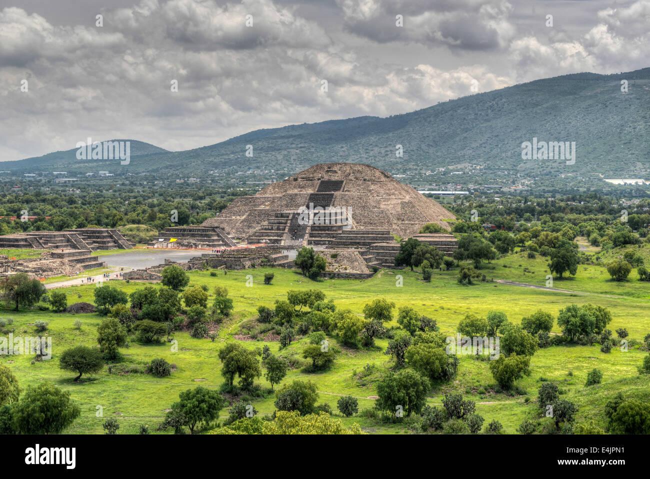 L'ancienne pyramide de la Lune. La deuxième plus grande pyramide de Teotihuacan, au Mexique. Photo Stock