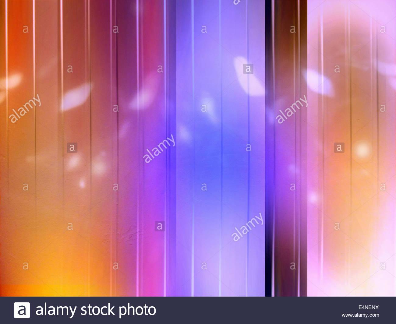 Résumé fond rayé orange et violet tendance Photo Stock