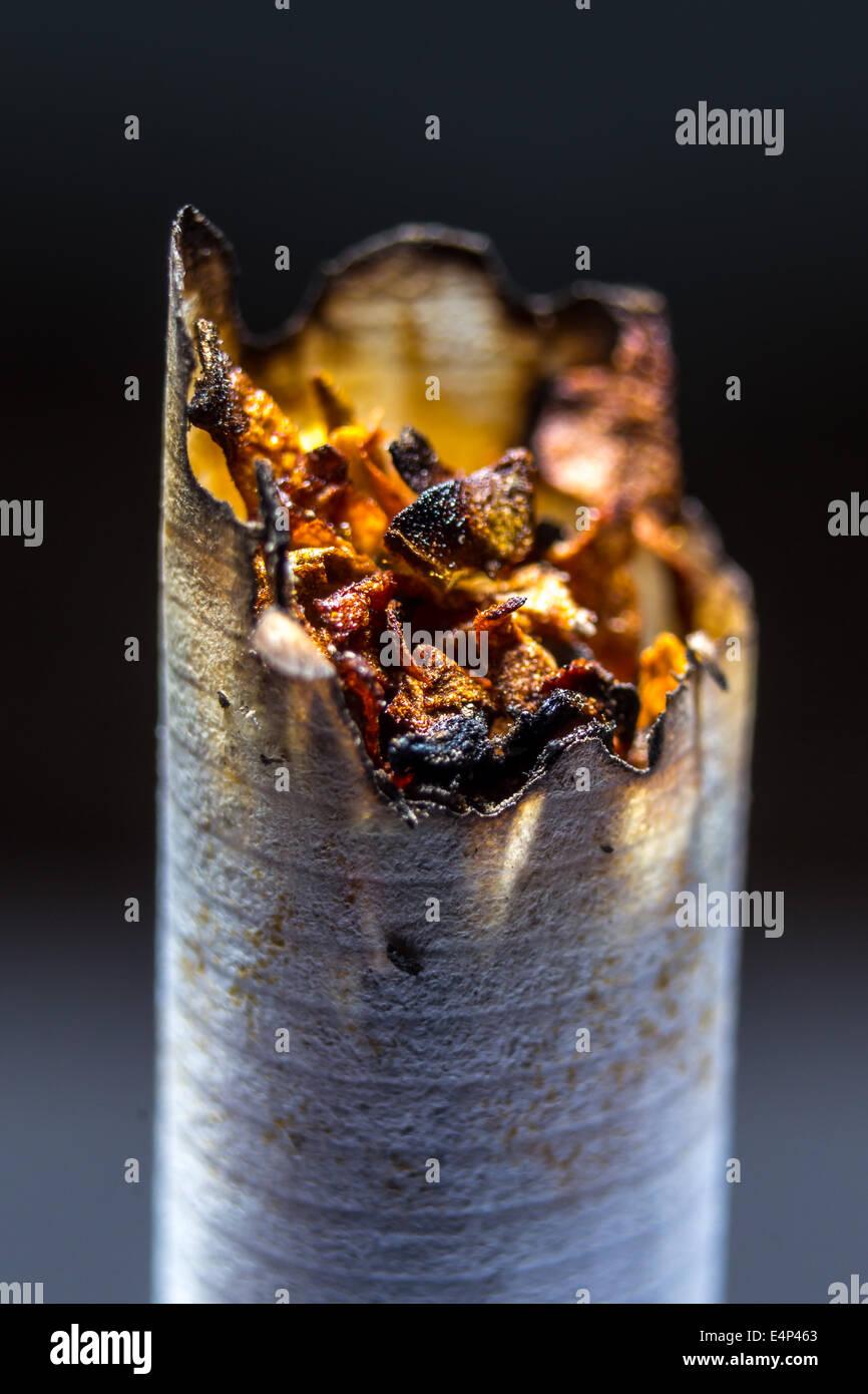 Libre o cigarette fumée malsaine Photo Stock