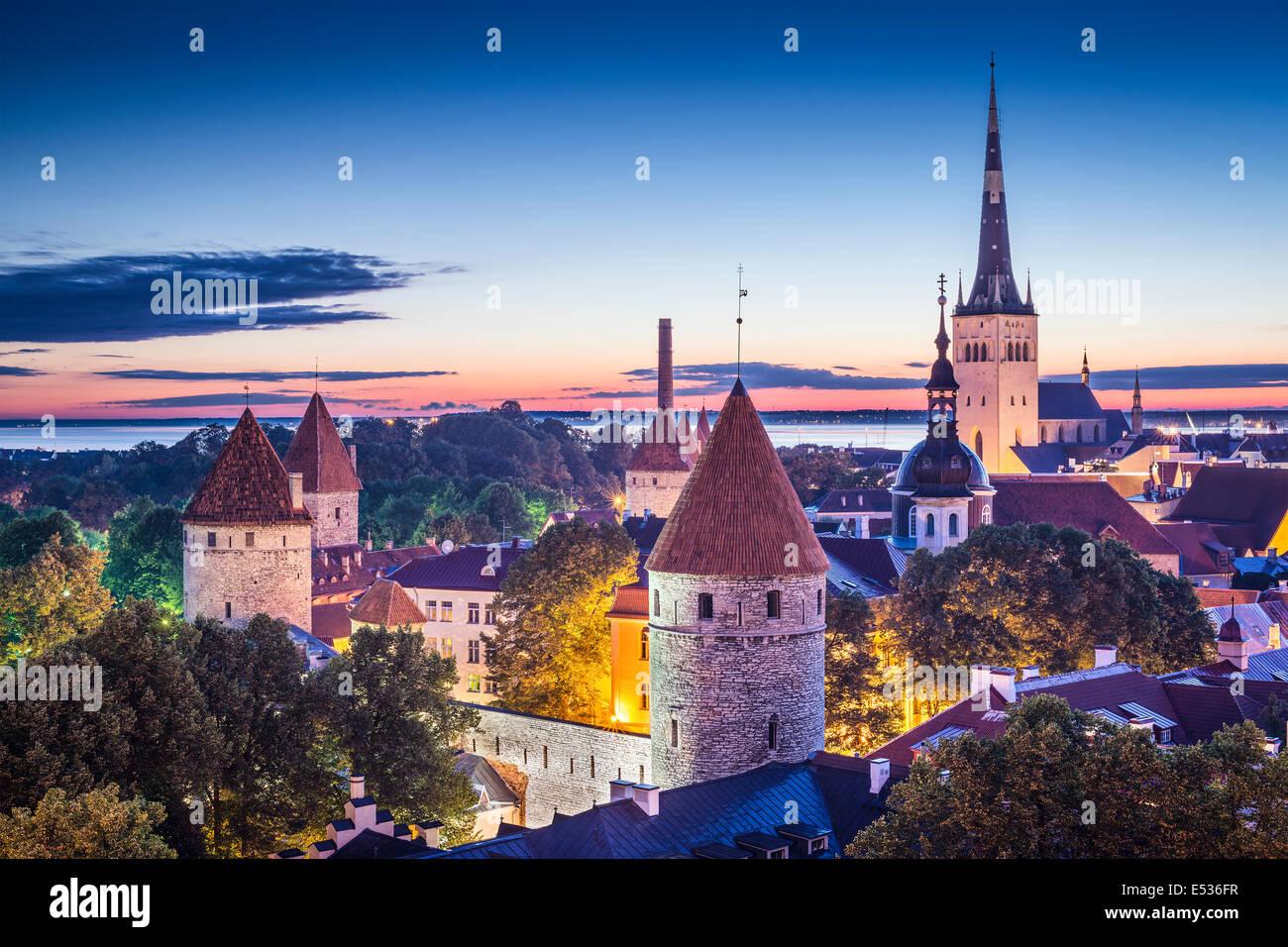 Tallinn, Estonie, à l'aube. Banque D'Images