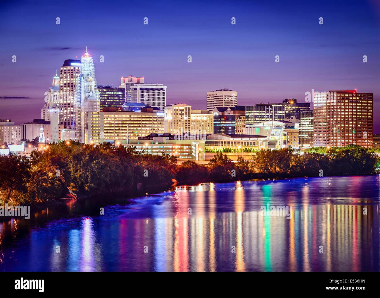 Hartford, Connecticut, USA skyline au crépuscule. Photo Stock