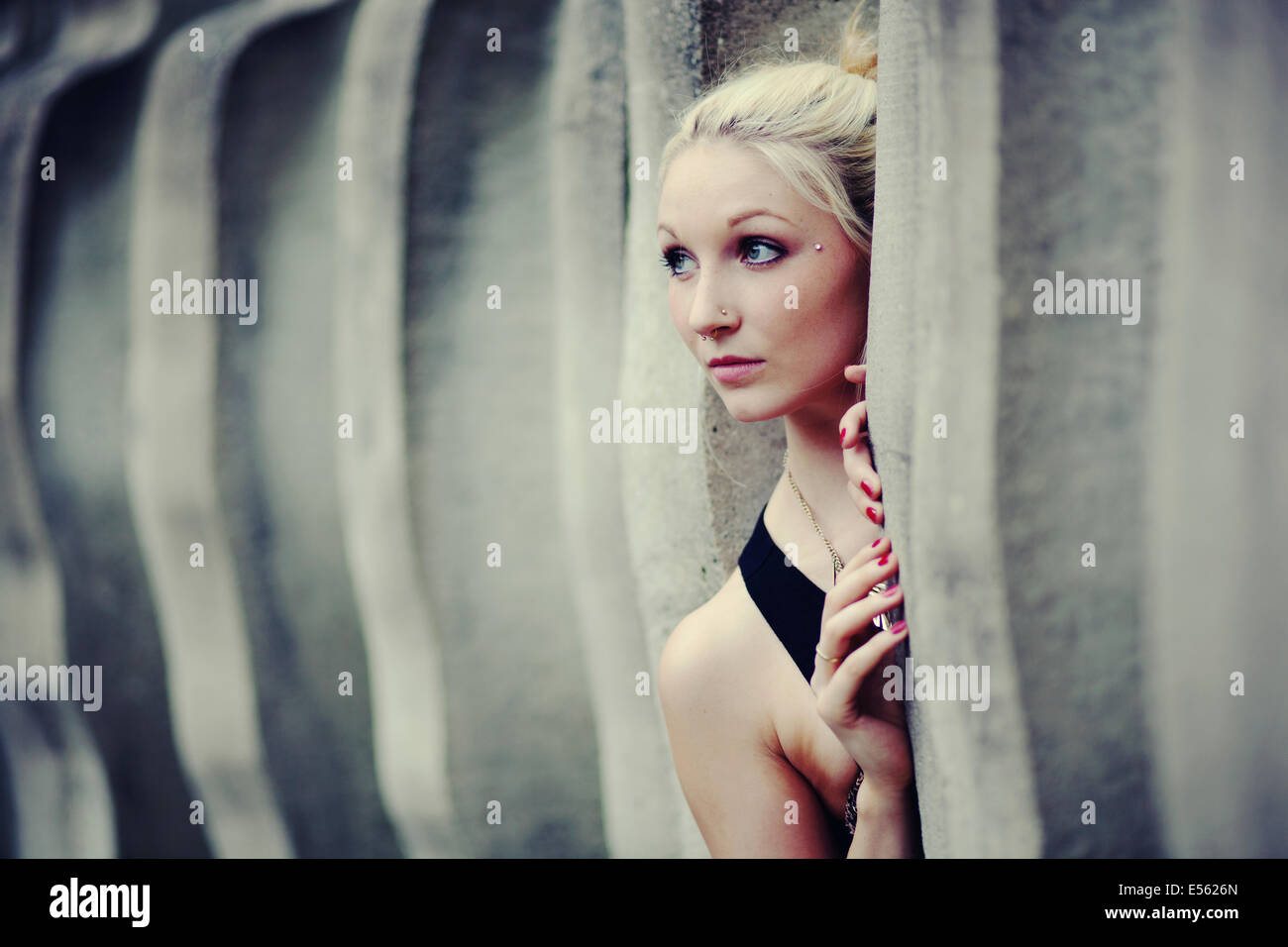 Portrait of a young woman Photo Stock