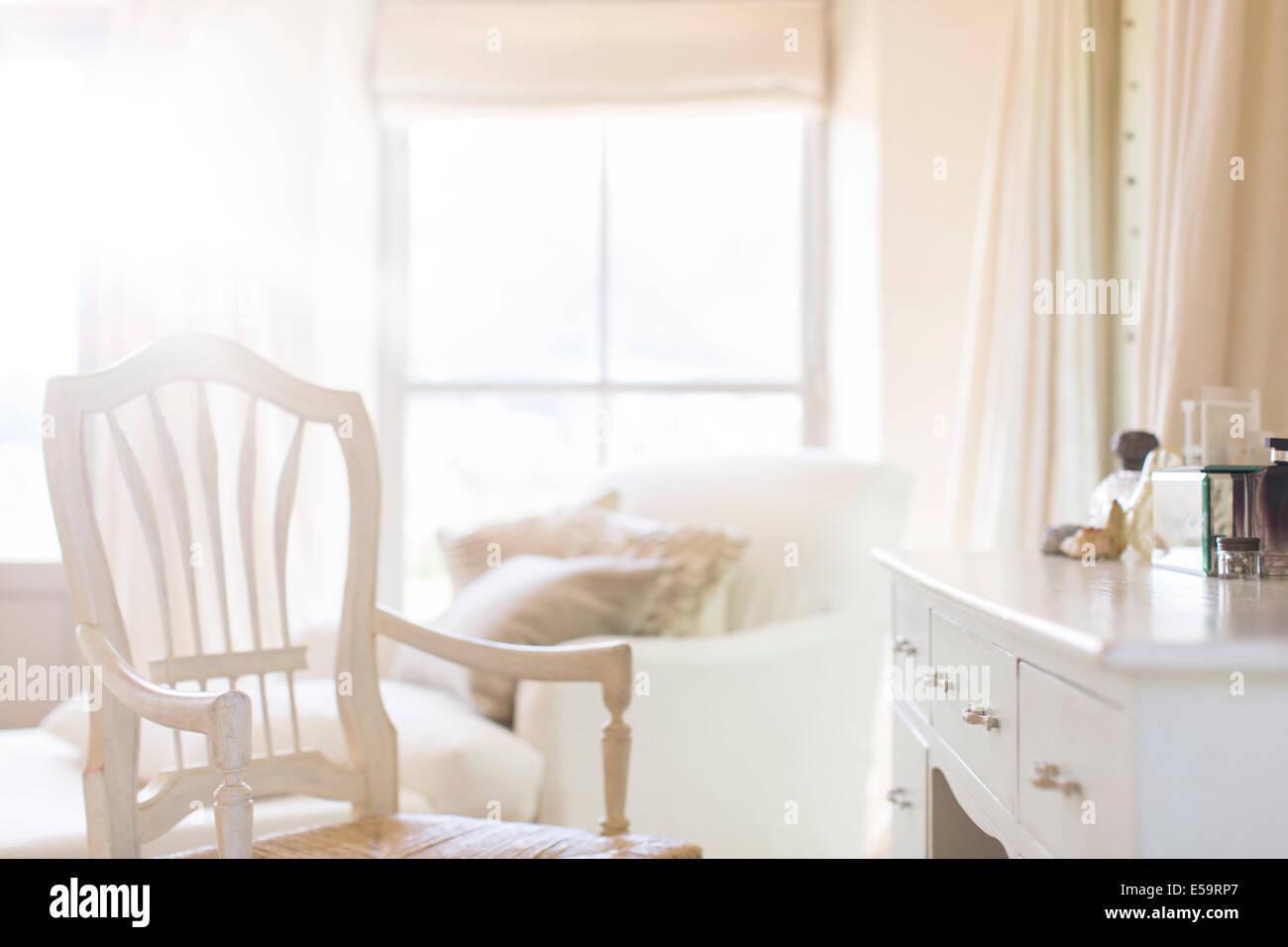 Fauteuil à la vanité des maison rustique Photo Stock