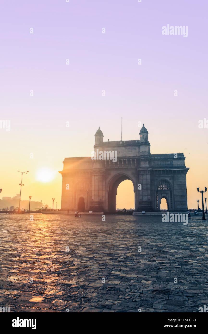 La porte de l'Inde à Mumbai à l'aube, Maharashtra, Inde Photo Stock
