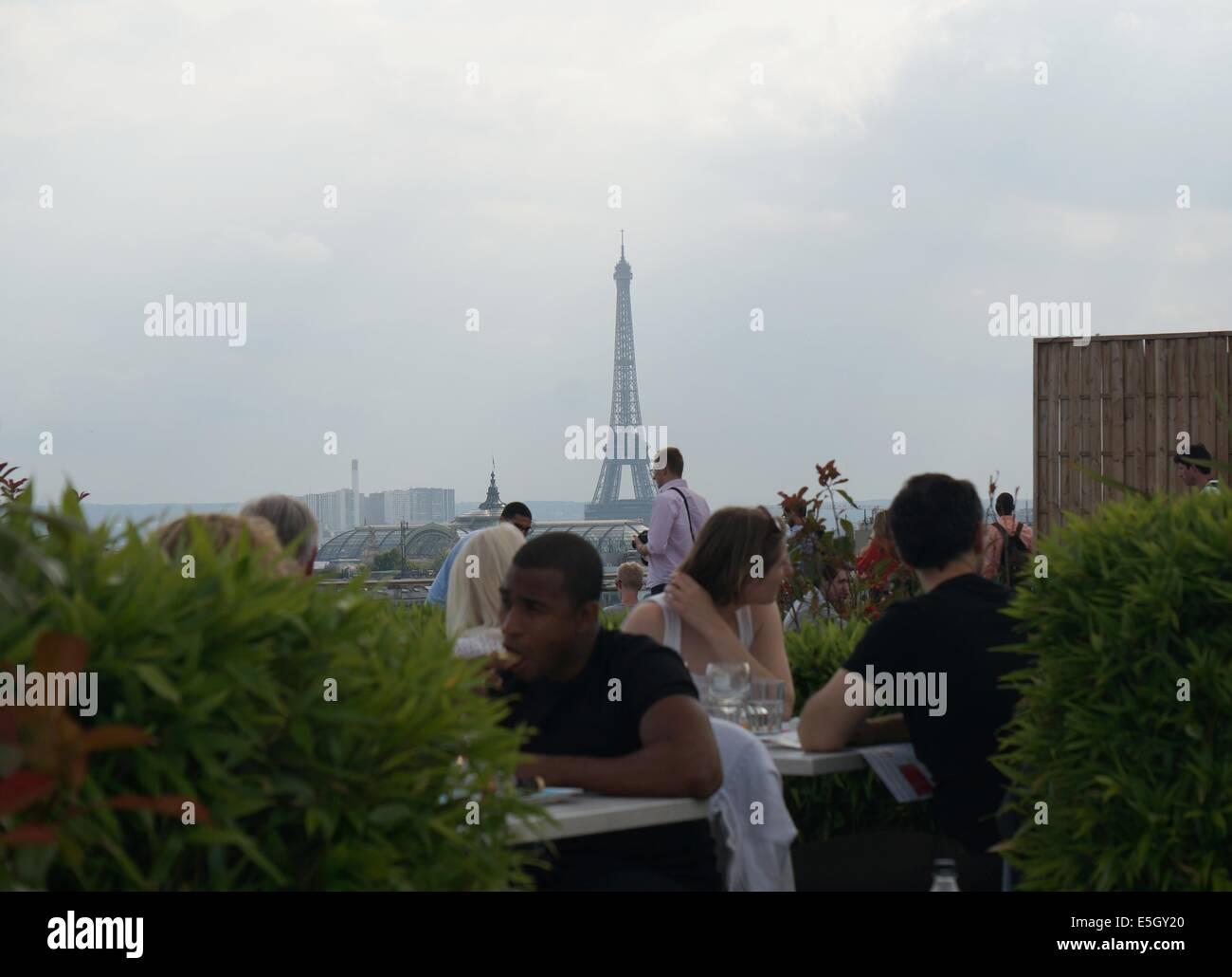 Printemps Restaurant Paris Terrasse Cartier Love Online