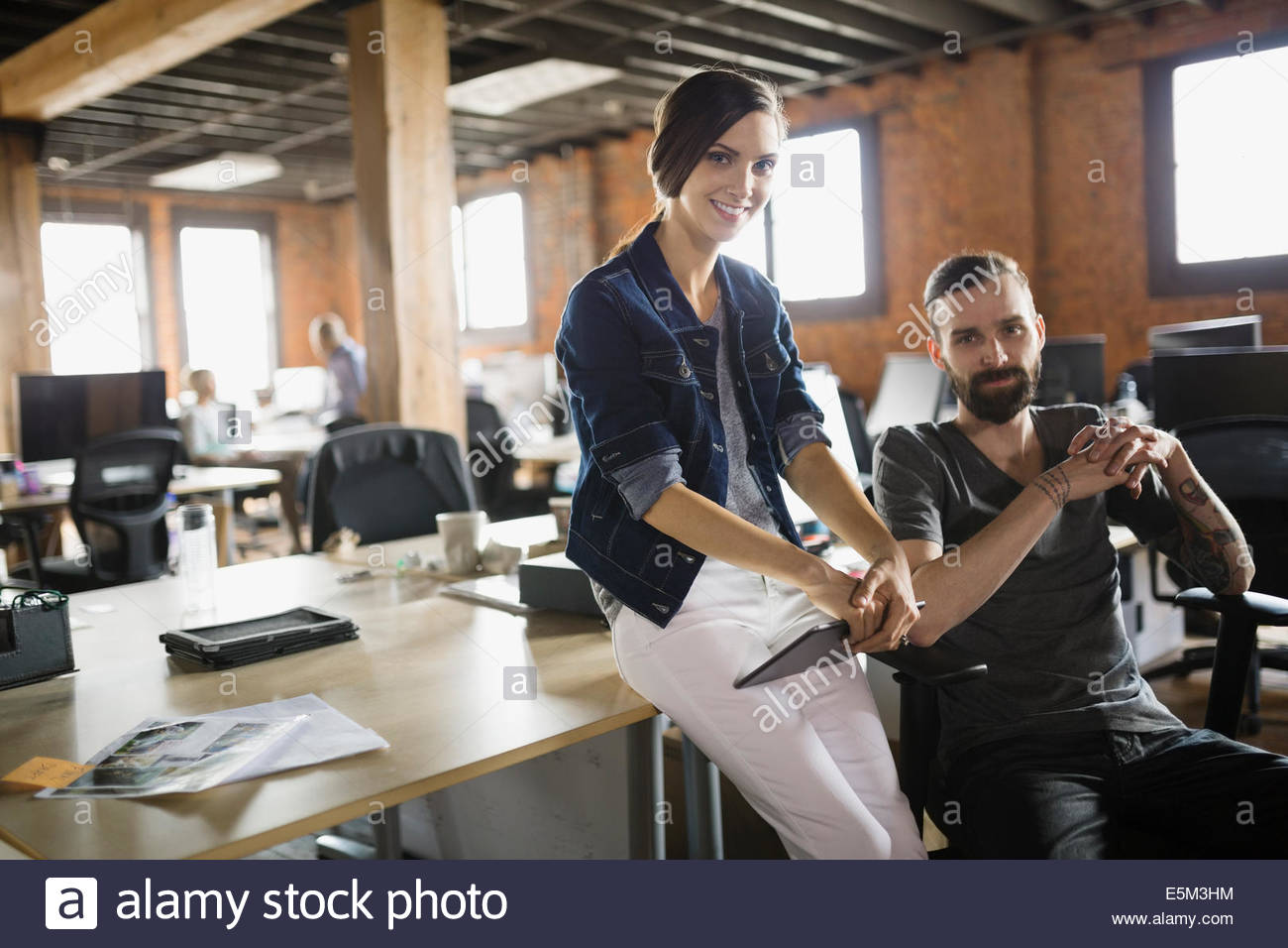 Portrait of business people in office Photo Stock