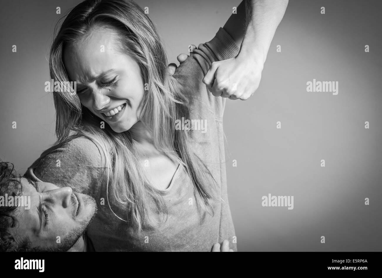 Couple fighting pour le plaisir. Photo Stock