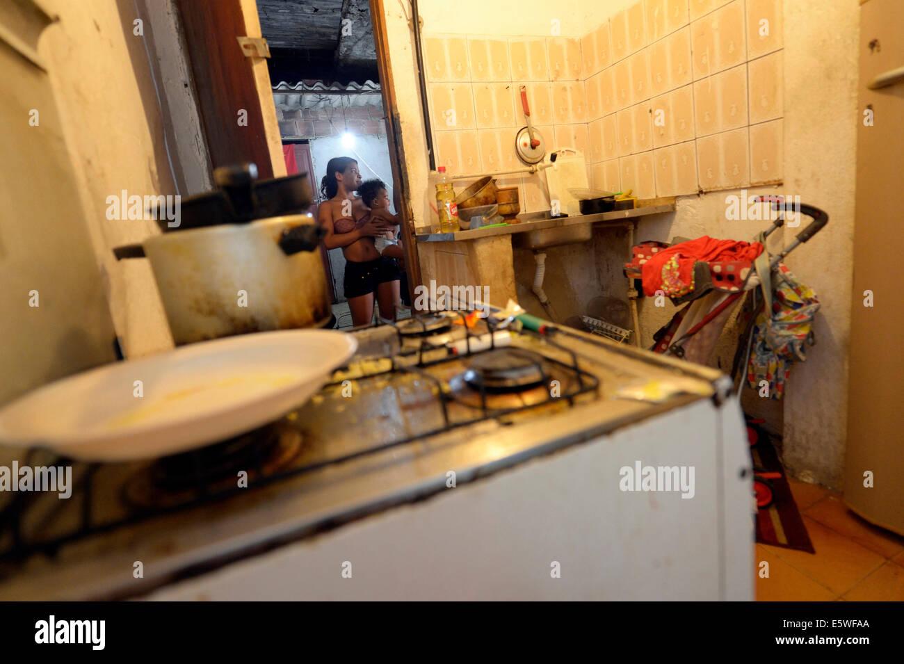 Cuisine à s'arrêter dans un squat ou maison habitée, Gloria, Rio de Janeiro, Rio de Janeiro, Photo Stock