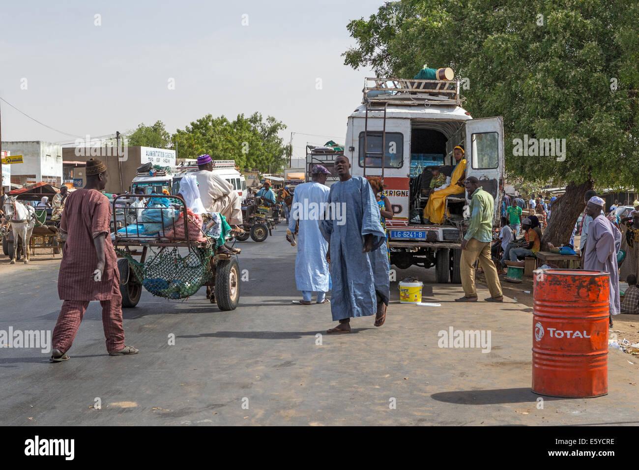 Modes de transport voyage à St Louis du Sénégal village Ngoumba avant Photo Stock