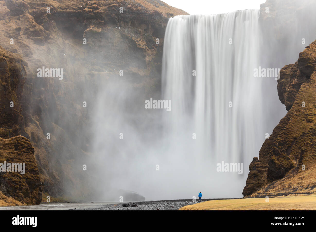 Cascade de Skogafoss sud-ouest de l'Islande Photo Stock