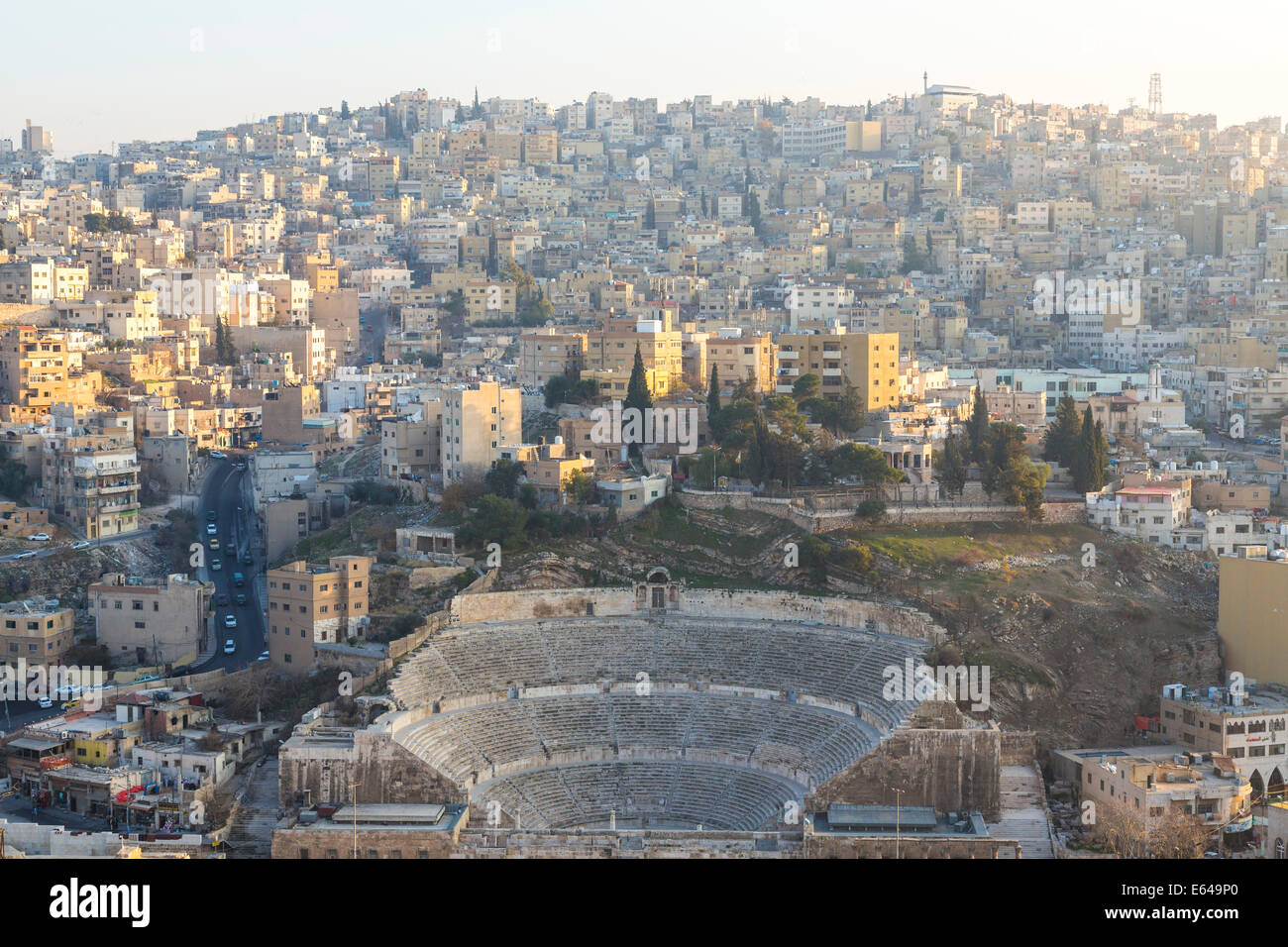 Amphithéâtre romain, & city, Amman, Jordanie Photo Stock
