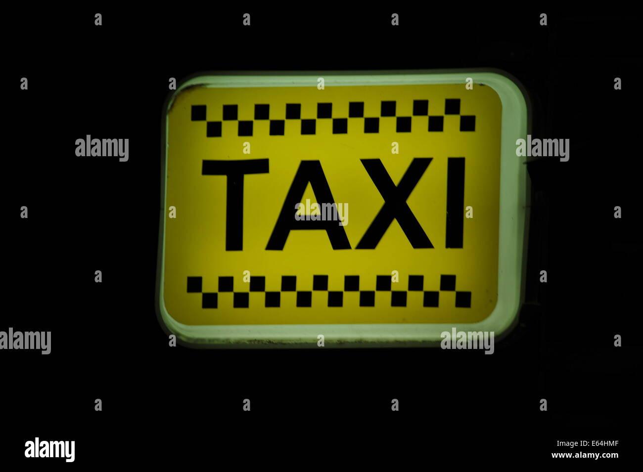 Taxi Schild, Side, Spanien. Banque D'Images
