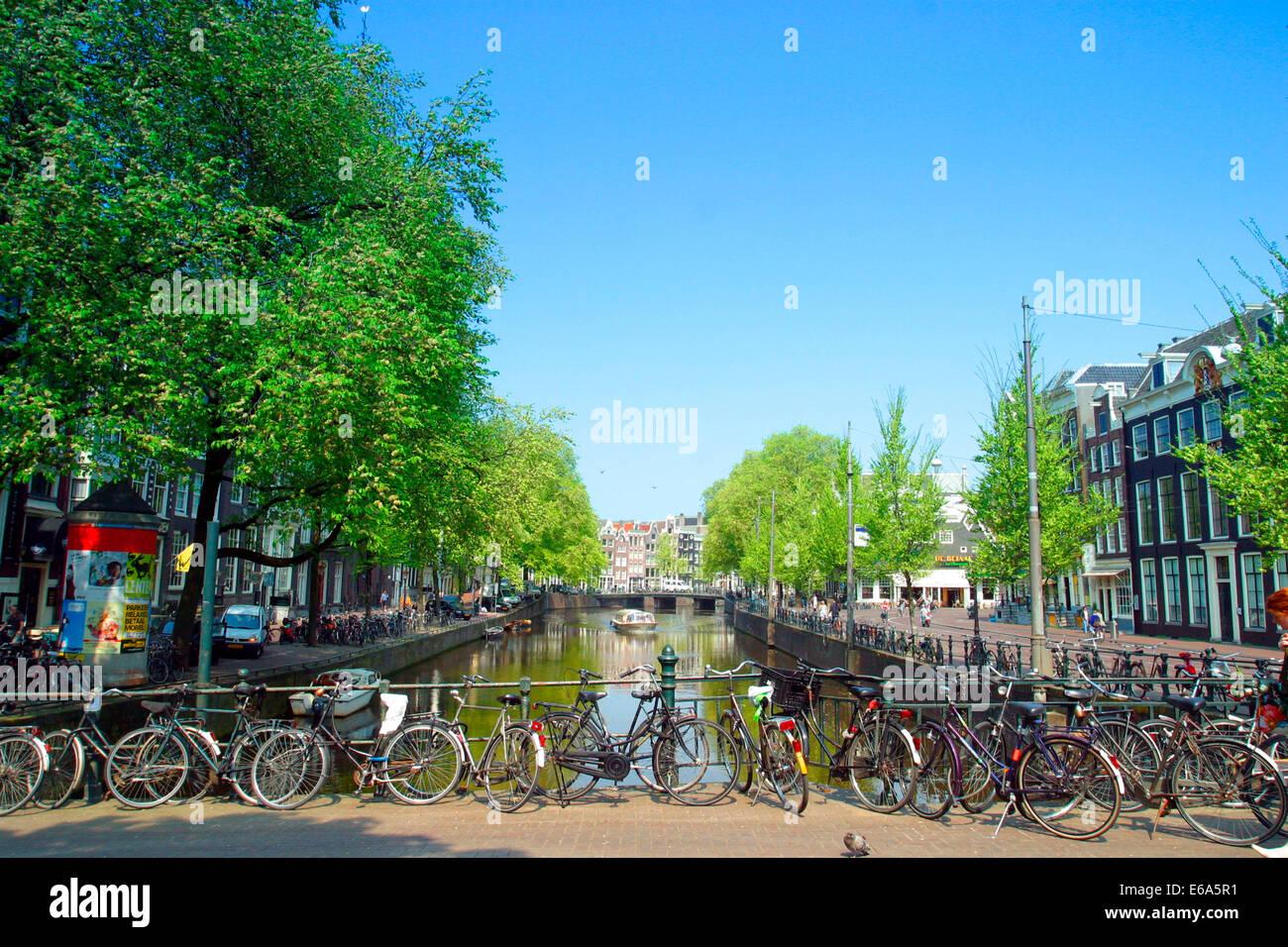 ,Canal gracht,Amsterdam Banque D'Images