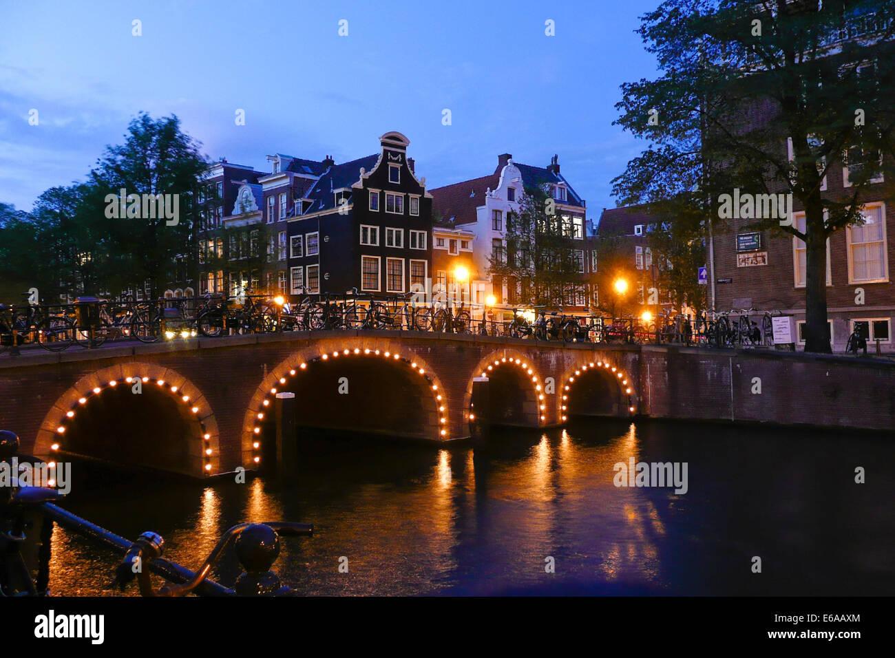 La vie urbaine,allumé,Amsterdam Banque D'Images