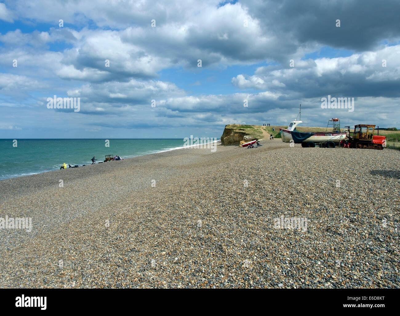 Plage de galets à Weybourne sur la côte nord du comté de Norfolk. Photo Stock
