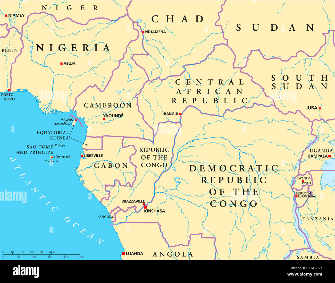 L'ouest de l'Afrique Centrale une carte politique avec les capitales, les frontières nationales, les rivières et Banque D'Images