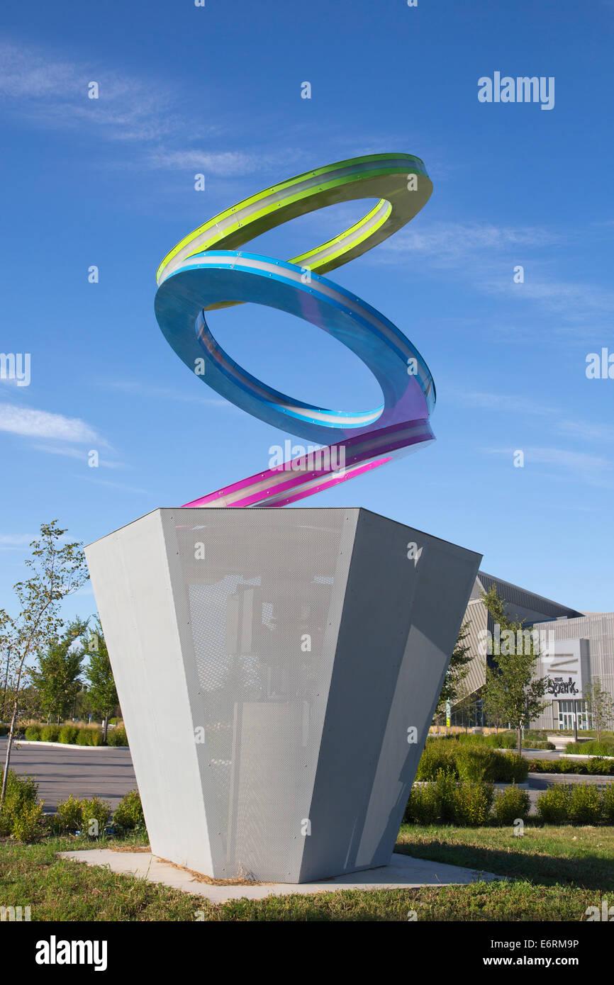 Les cercles de rotation fournissent une illusion d'optique au Centre des sciences Telus Spark Photo Stock