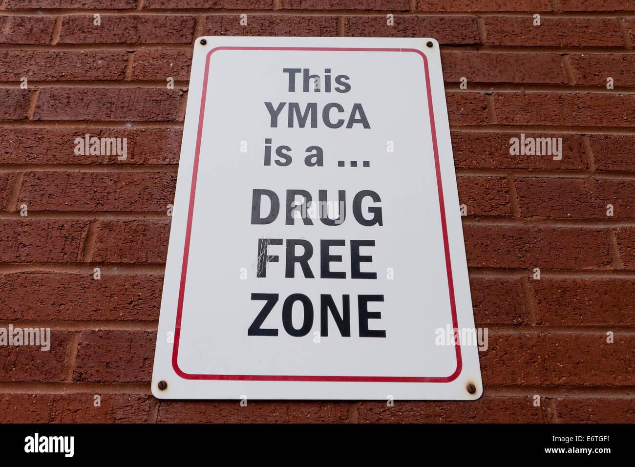 Zone sans drogue YMCA sign - USA Photo Stock