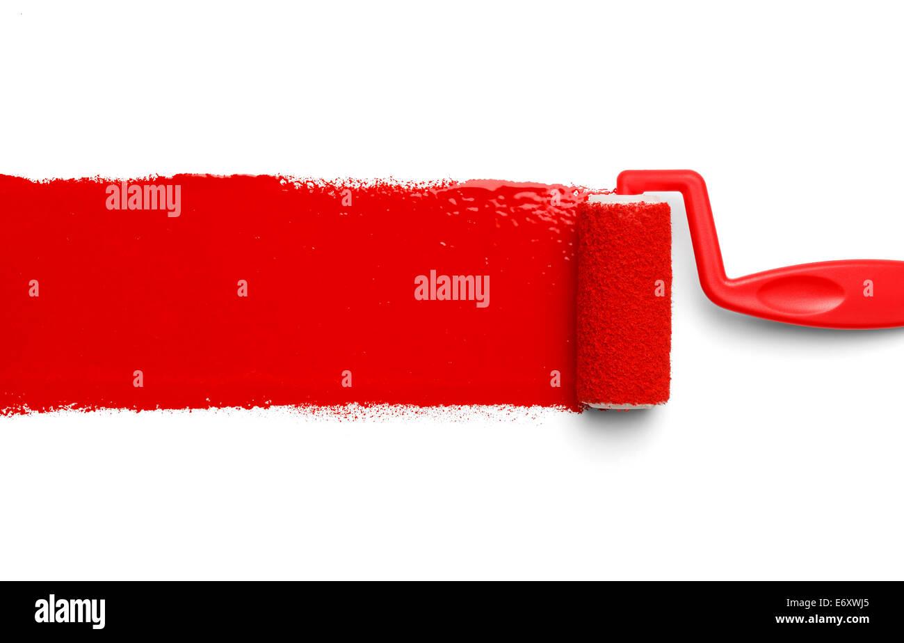 Rouleau A Peinture En Plastique Avec De La Peinture Rouge Isole Sur Fond Blanc Photo Stock Alamy