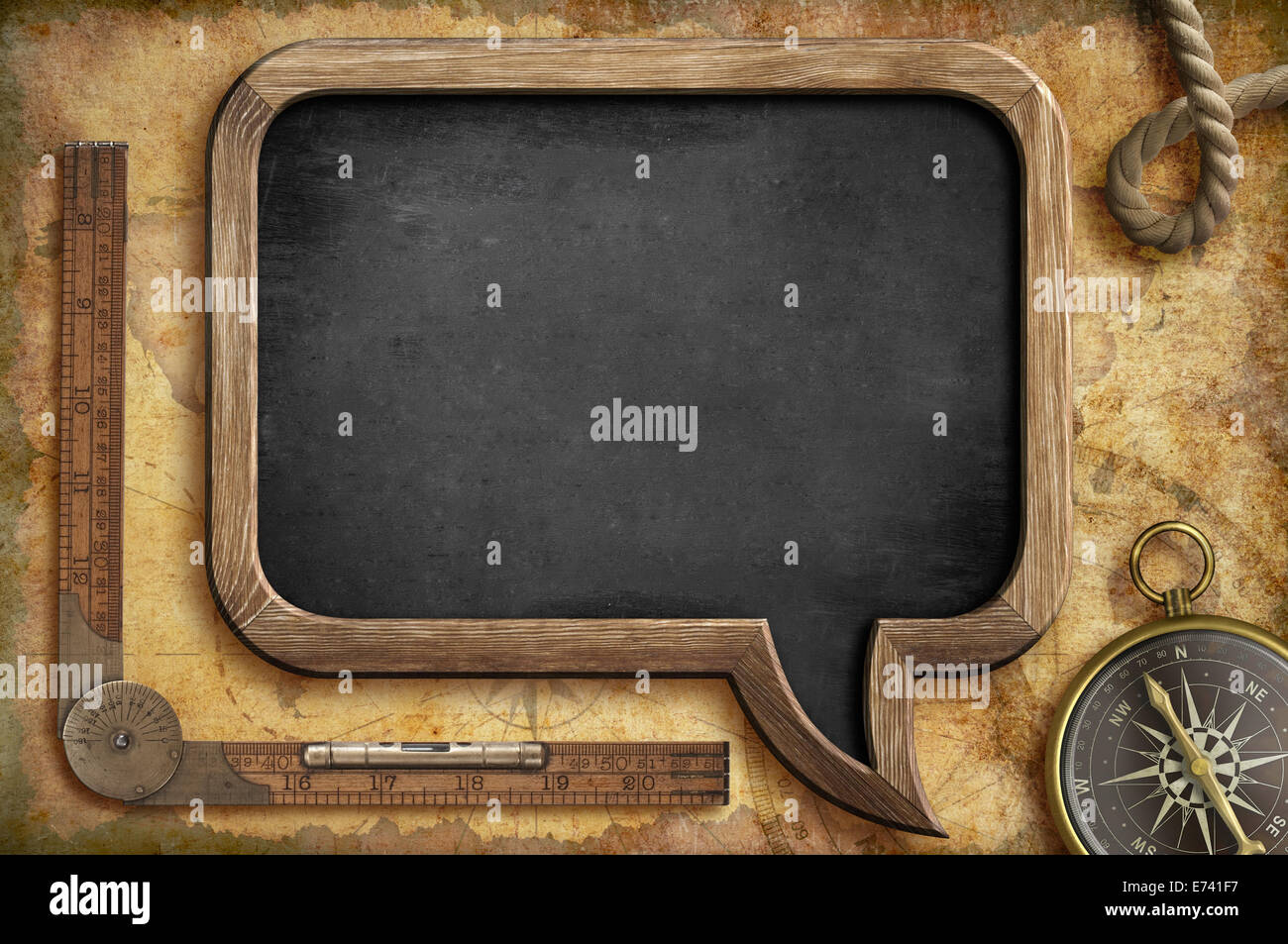 Concept d'aventure. Tableau noir nautique arrière-plan. Photo Stock