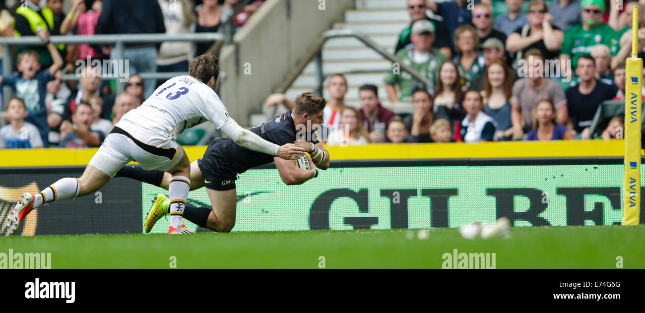 London, UK. 06 Sep, 2014. Aviva Premiership Rugby. Sarrasins contre London Wasps. L'ailier David Strettle sarrasins Photo Stock