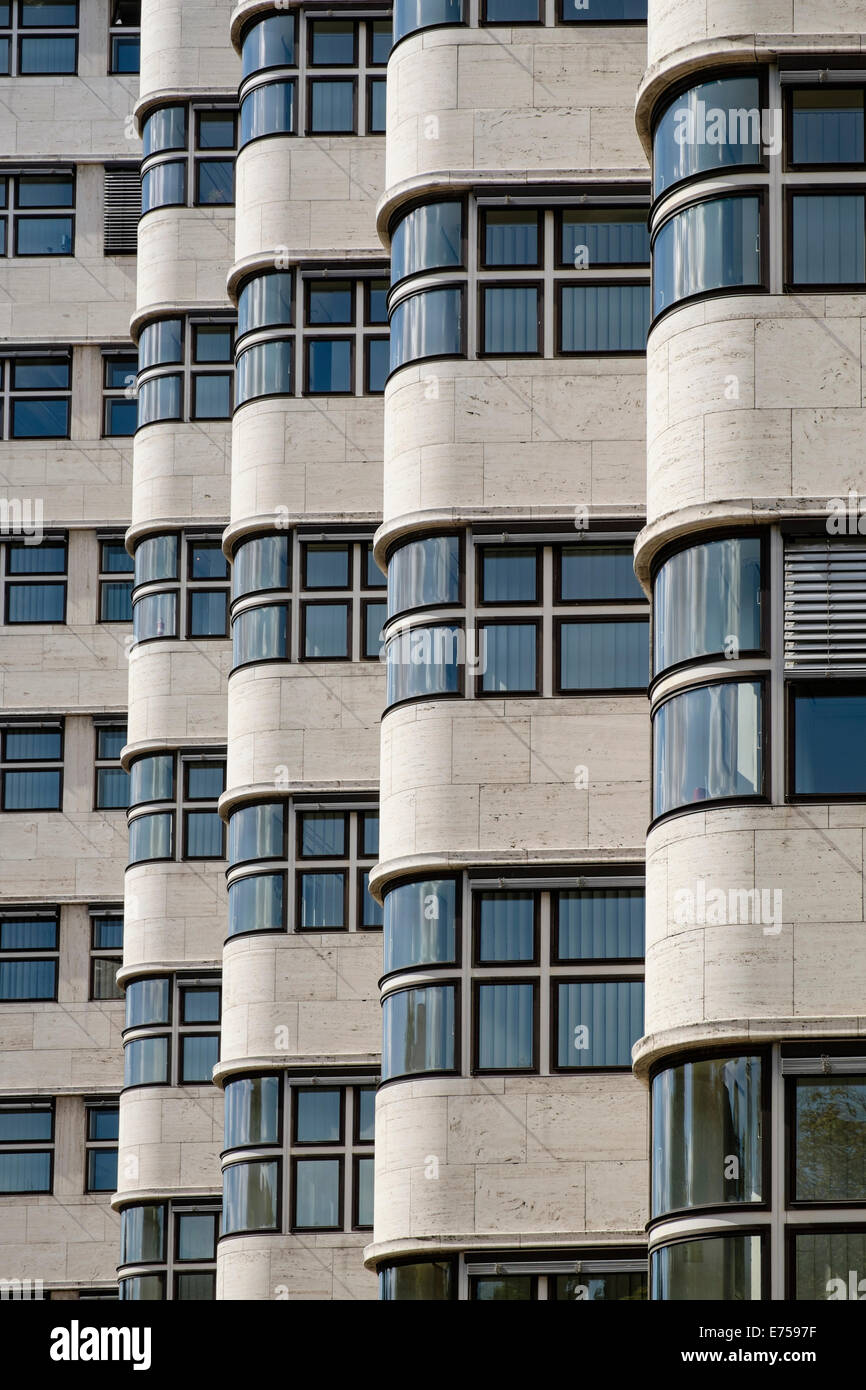 Détail de l'architecture moderniste en Shell Haus Berlin Allemagne Photo Stock