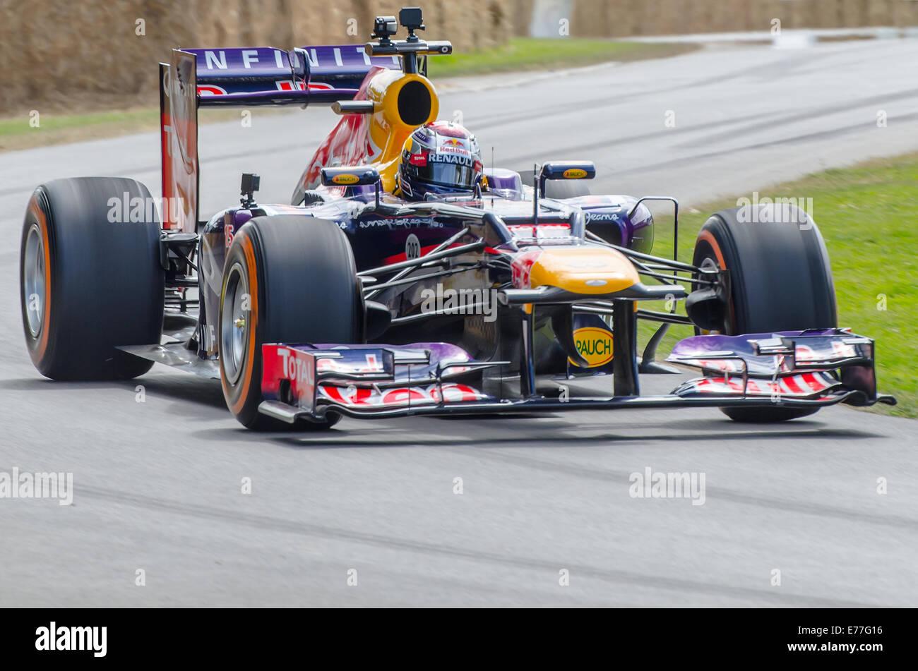 La Red Bull RB7 est une voiture de course de Formule 1 conçu par l'équipe Red Bull Racing pour la saison de Formule Banque D'Images