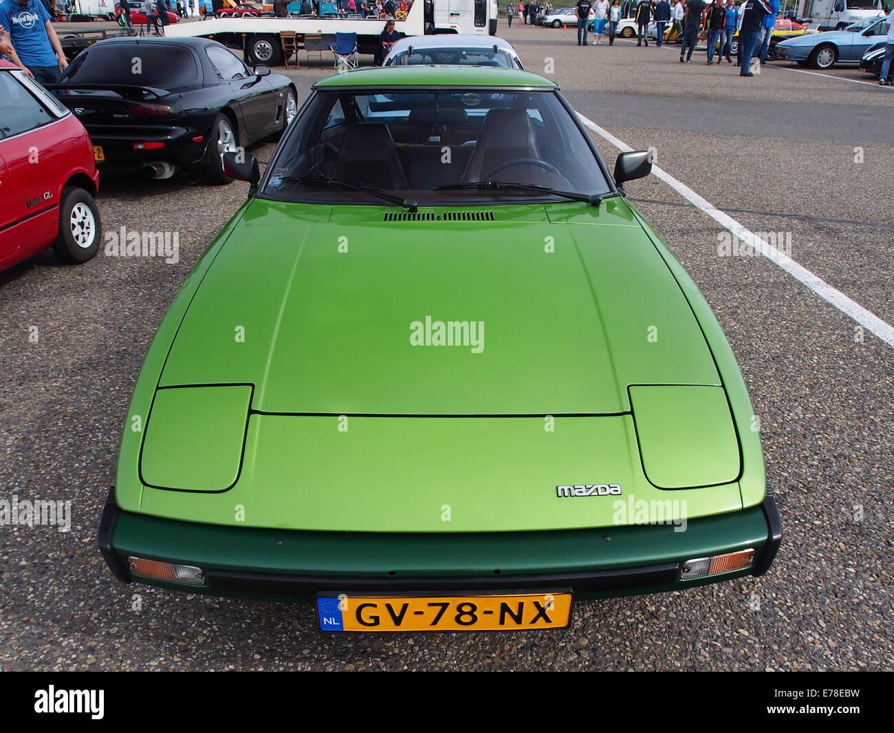 1981 Mazda RX-7, la licence GV-78-NX, pic4 Photo Stock