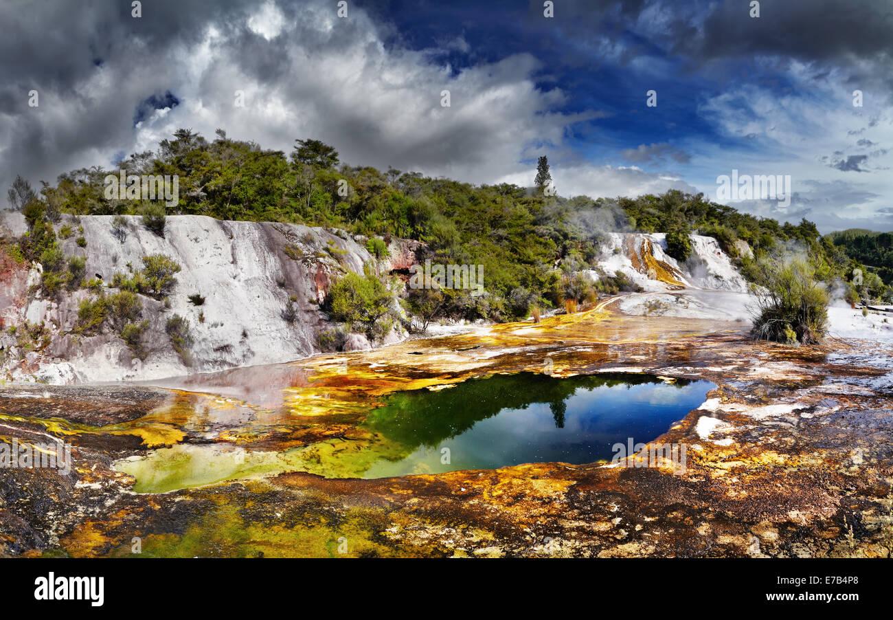 Zone geotermal Orakei Korako, Nouvelle-Zélande Photo Stock