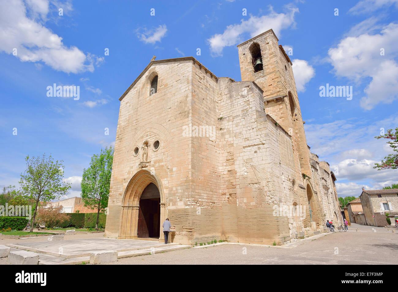Eglise De Notre Dame De Nazareth Pernes Les Fontaines Vaucluse
