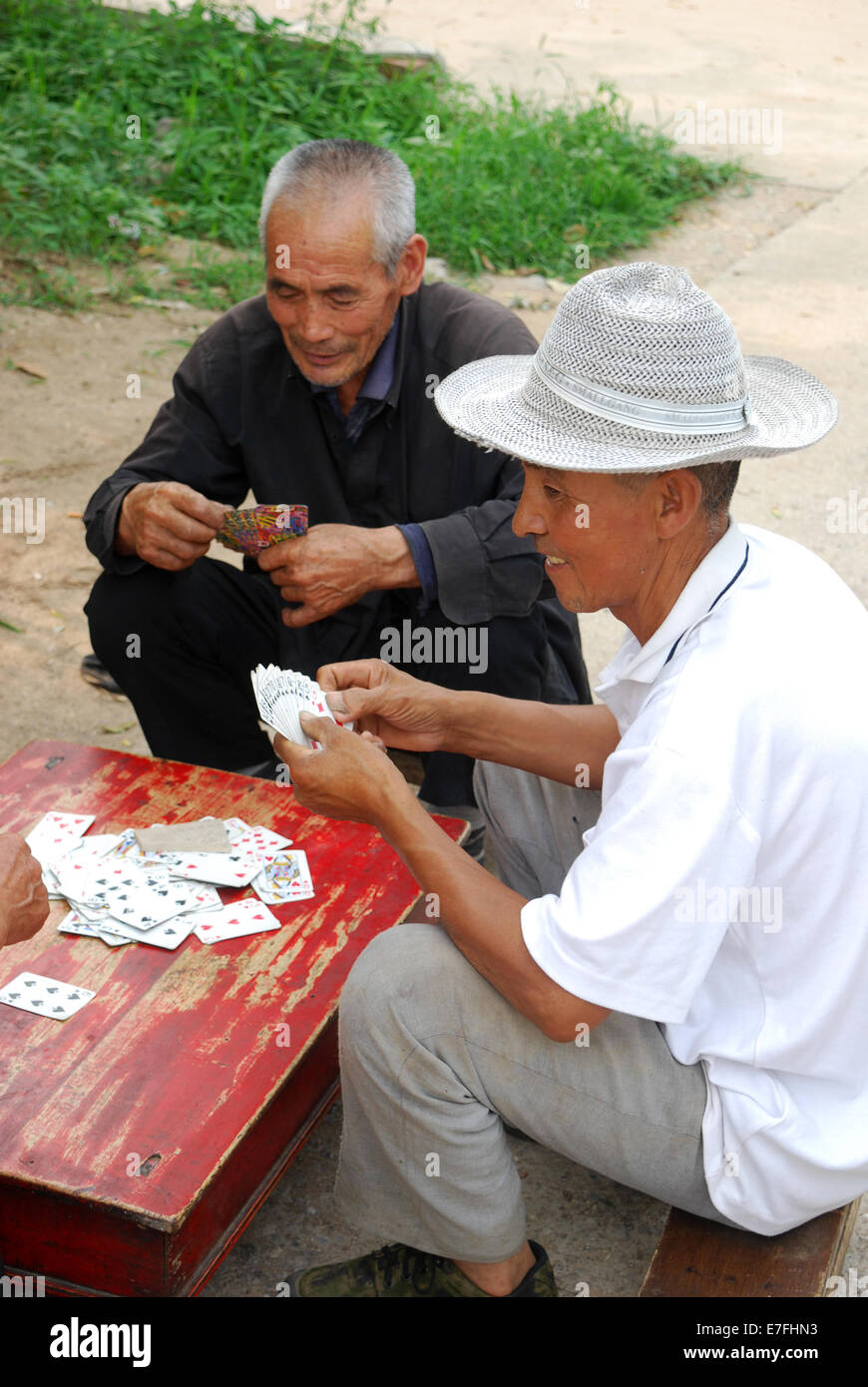 Les chinois jouent aux cartes, Beijing, China 2014 Photo Stock