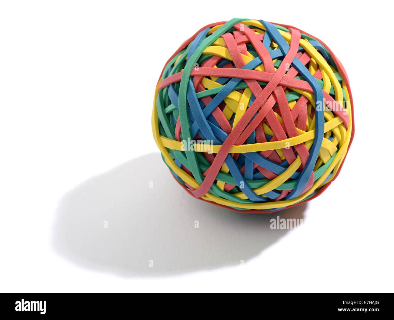 Boule colorée composée de bandes de caoutchouc Photo Stock