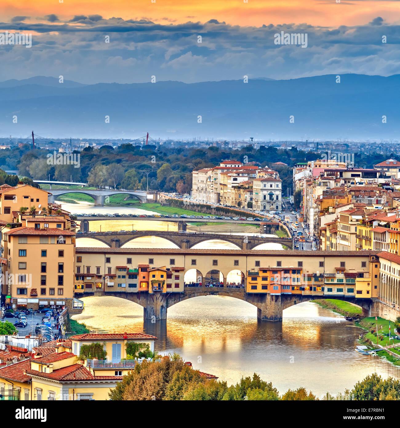 Ponts sur l'Arno à Florence Photo Stock