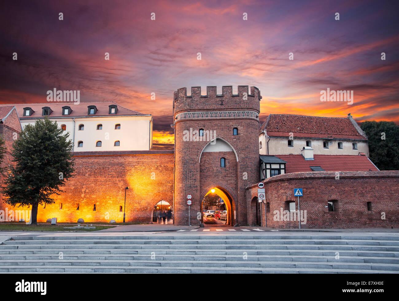 Coucher de soleil sur la vieille ville de Torun, Pologne. Photo Stock