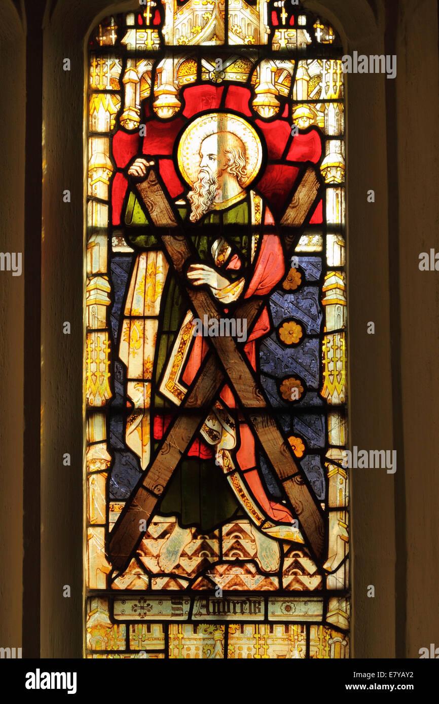"""Commentaires de """"Tranches de vie"""" par Loufiction - Page 7 St-andrew-vitrail-representant-saint-andre-et-sa-croix-dans-la-chapelle-de-vicaires-wells-somerset-uk-e7yay2"""