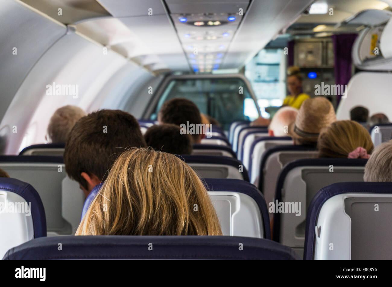 lintrieur le long de la dun monarque de lavion airbus a320