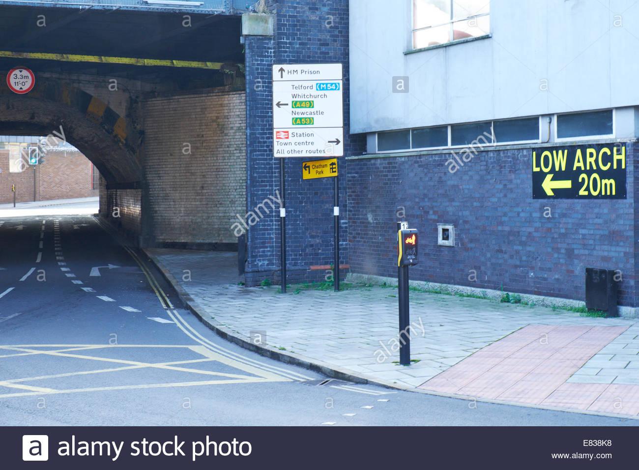 Avertissement de passage faible Shrewsbury Photo Stock