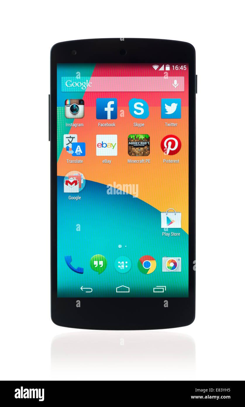 Kiev, Ukraine - 12 septembre 2014: tout nouveau Google Nexus 5, propulsé par Android 4.4, version fabriqué par Banque D'Images