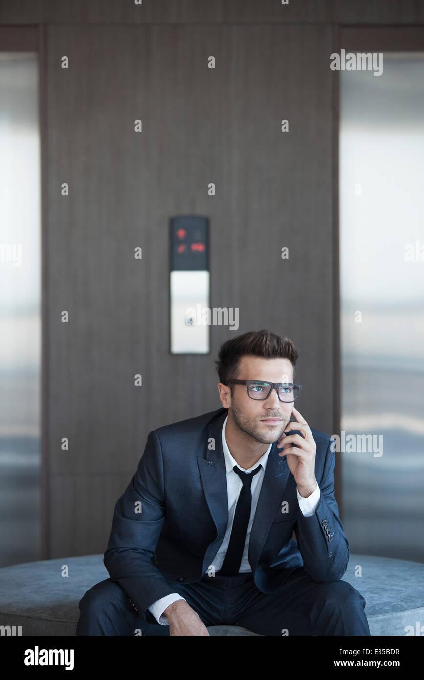 Les jeunes à la mode business executive, portrait Banque D'Images