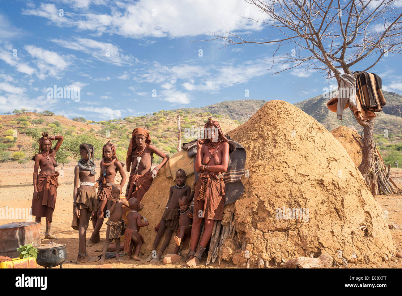 Peuple Himba, Kaokoland, Namibie, Afrique Photo Stock